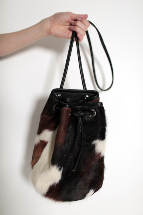 TRI COLOUR COWHIDE BUCKET BAG | RÜS COLLECTIVE